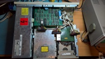 VAXstation 3100 With Top Drive Plate Removed Exposing RRD40 and TZ30